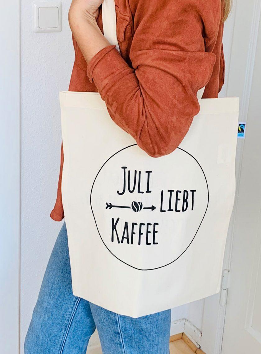 Juli liebt Kaffee - Jutebeutel